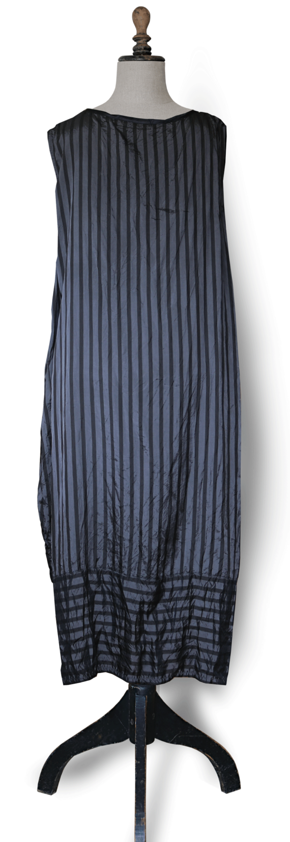Maxi Dress Back - Black and grey stripe