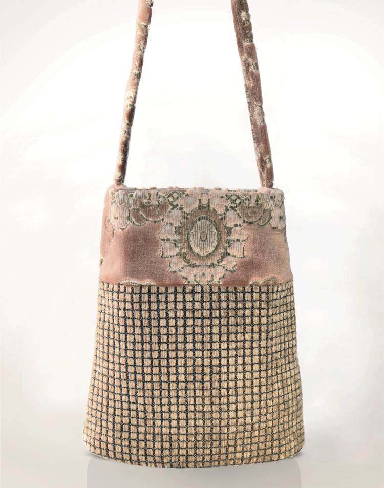 Hummingbird Handbag Pink Velvet back - Julie London Design
