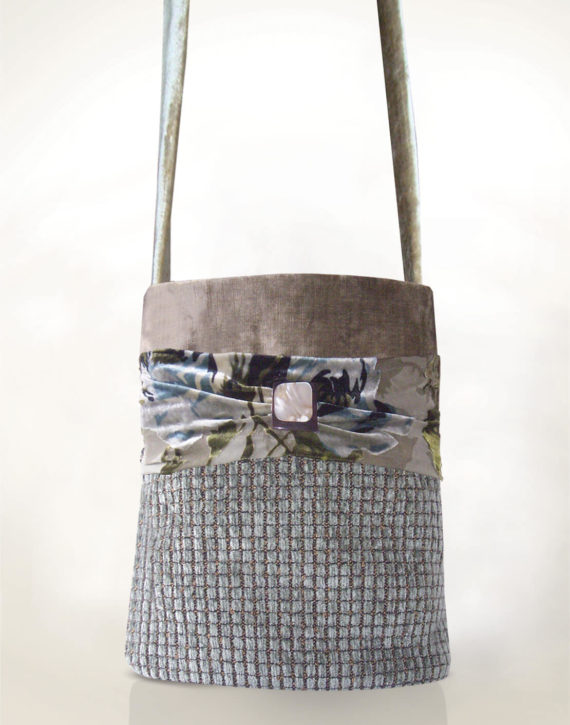 Hummingbird Handbag Mushroom grey front - Julie London Design