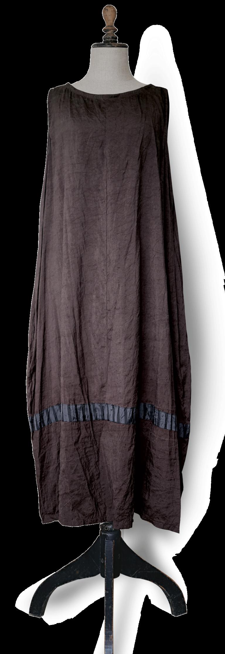 Maxi dress  brown silk front – julie London